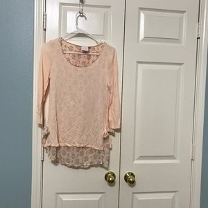 A very nice and soft tunic in excellent condition